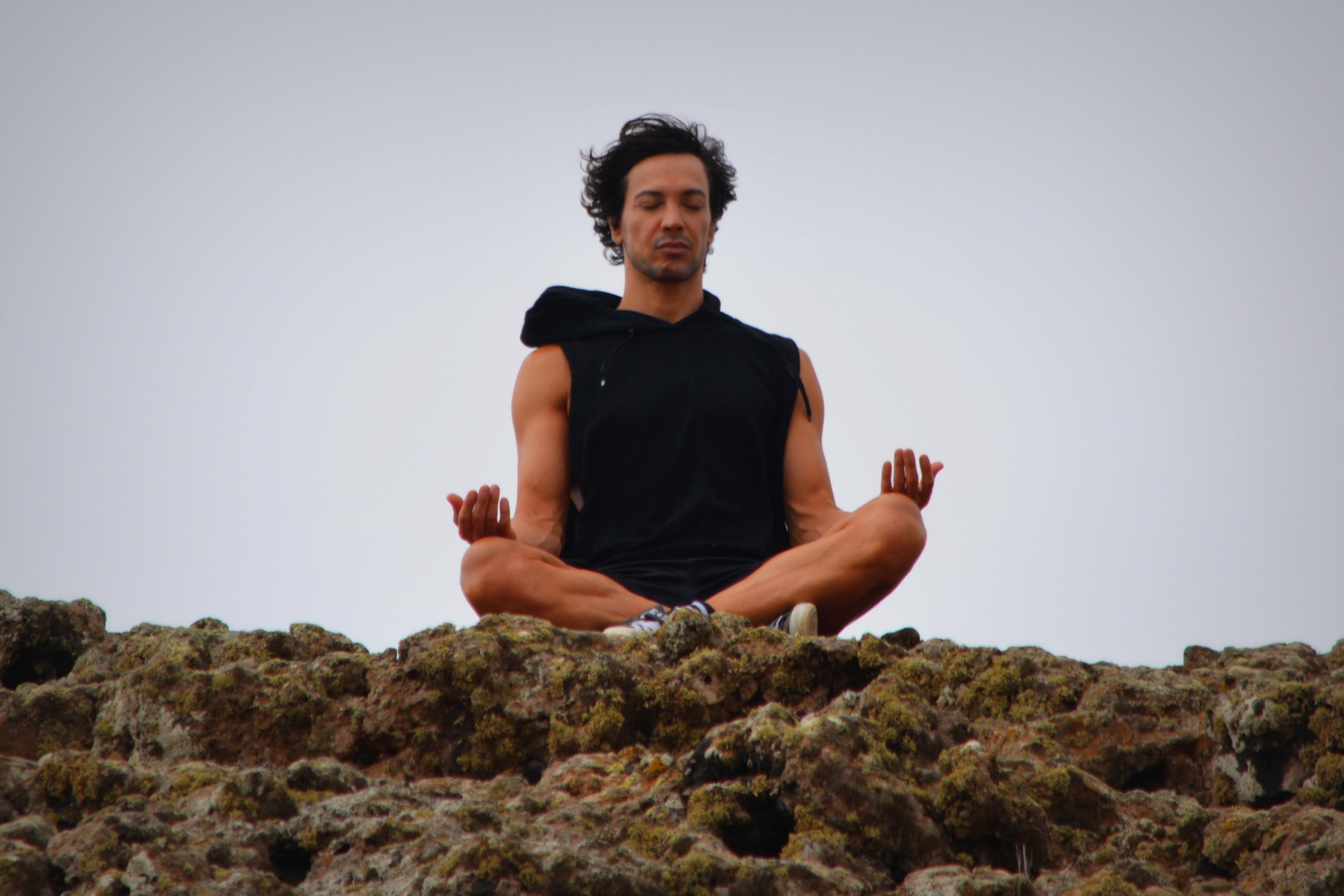 瞑想 おすすめ やり方,瞑想 やり方 初心者