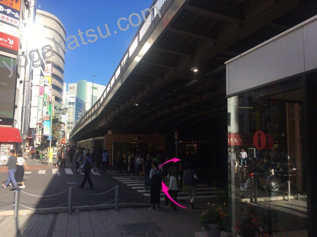 ピラティススタイル新宿南口店までのアクセスに関する口コミ3