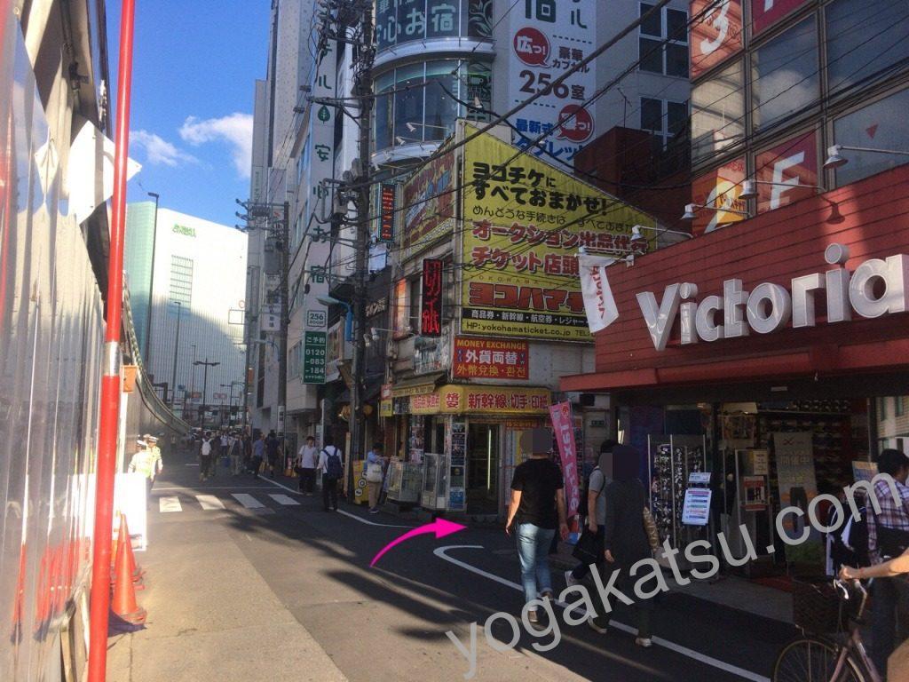 ピラティススタイル新宿南口店までのアクセスに関する口コミ5